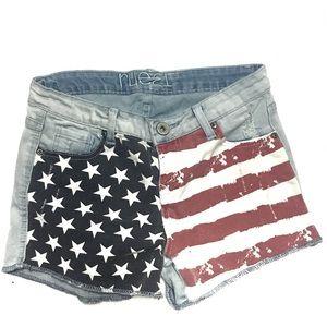 🍁 2/$10 American Distressed Denim Shorts